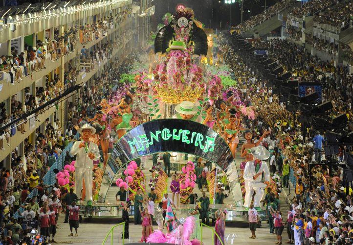 Rio de janeiro mangueira apresenta história da música brasileira