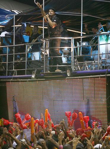 01 Fantasia Policial Luxo Homem Completa Carnaval Altaqualidade Grande