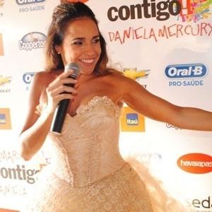 Daniela Mercury participa de coletiva em Salvador (27/2/2011)