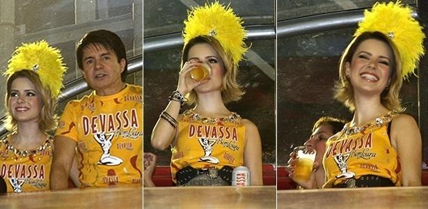 Sandy bebe cerveja em camarote na Sapucaí (06/03/2011)