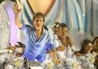 Rei Roberto Carlos encerra com chave de ouro o desfile das campeãs do Carnaval carioca