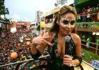 Alinne Rosa agita o trio do Cheiro de Amor no circuito Campo Grande