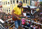 Bell Marques canta sucessos do Chiclete com Banana no Barra-Ondina