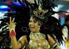 Escolas desfilam em busca de vaga no Grupo Especial do Carnaval