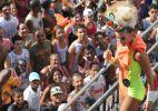 Claudia Leitte anima foliões no bloco Papa em Salvador