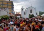 Banho de carro pipa é destaque no Carnaval de Pesqueira