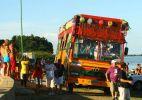 Frevo e cantores diversos animam público em Petrolina