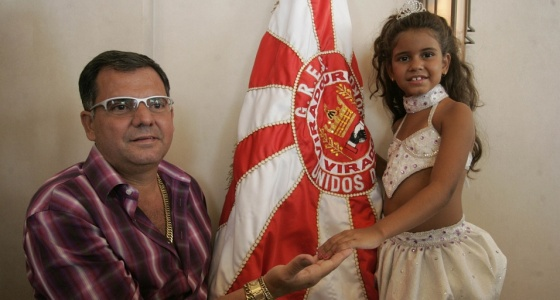Marco Lira e Júlia Lira na feijoada da Viradouro no Caesar Park (31/1/10)