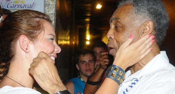 Fernanda Souza e Gil no camarote Expresso 2222